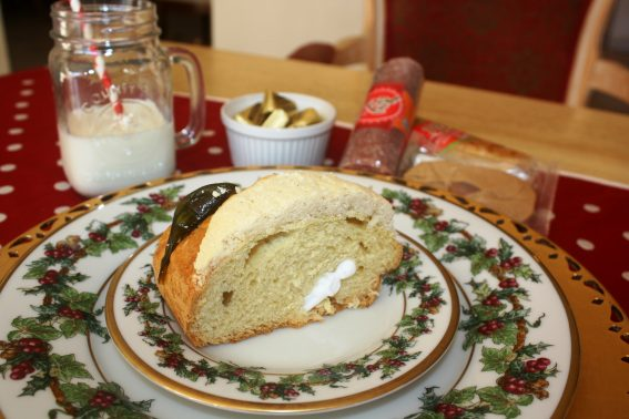 Baby Jesus baked into a Rosca de Reyes
