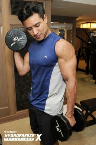 Arctic Cool and Mario Lopez working out