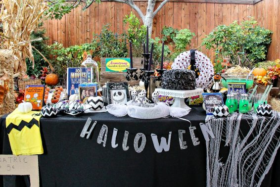 cw6-halloween-table-display