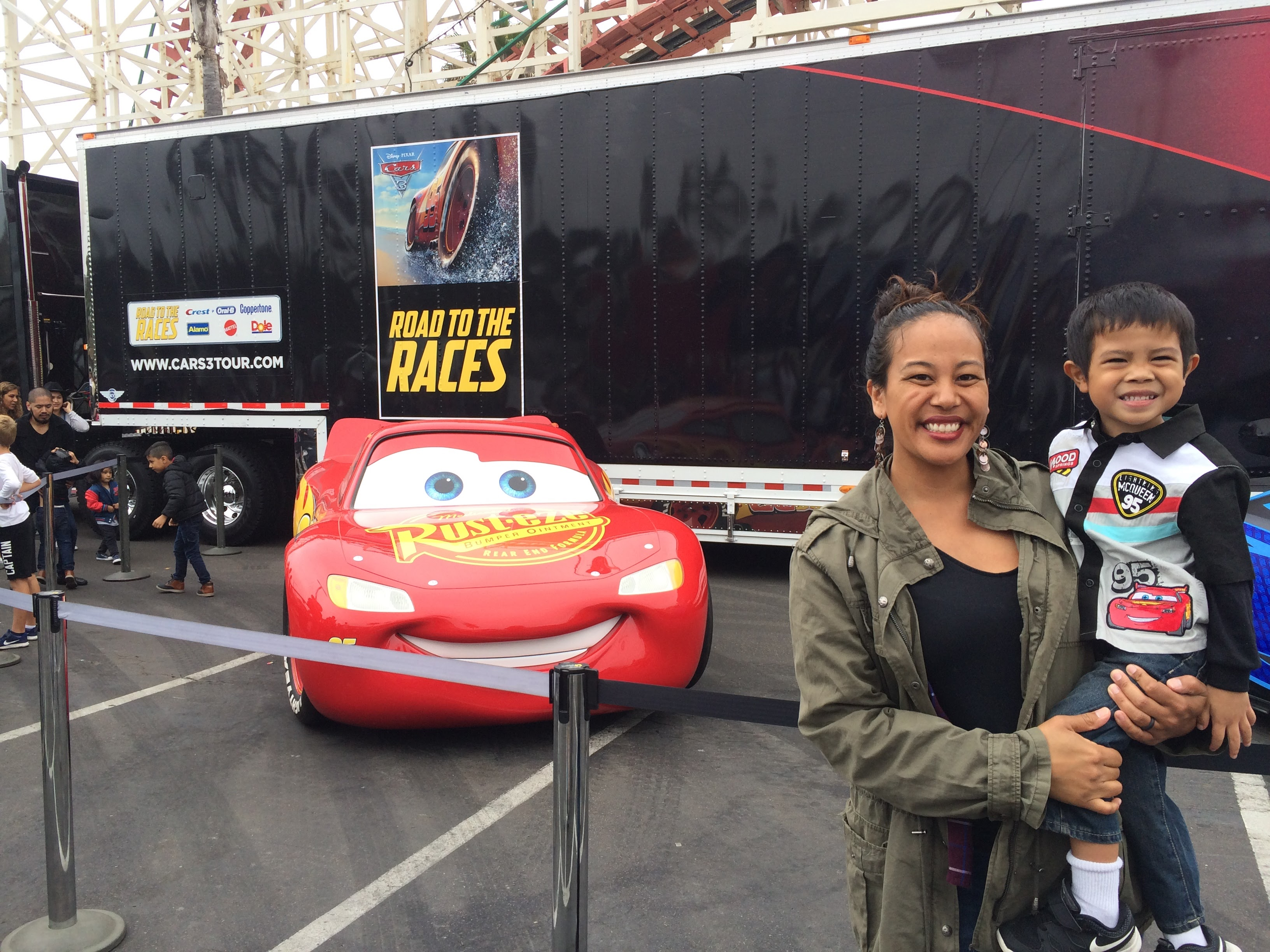 pixar 39 cars 3 39 makes san diego pit stop on nationwide road to the races tour. Black Bedroom Furniture Sets. Home Design Ideas