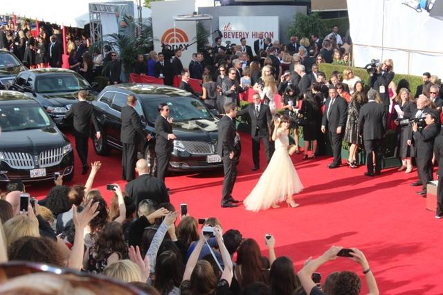 Golden Globes Zooey Deschanel