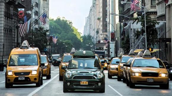 PNY MINI-Cooper-Fifth-Avenue_P