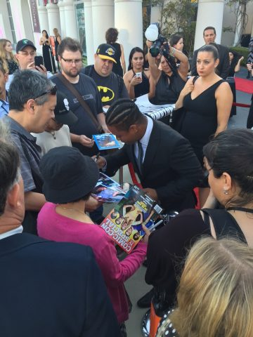 Jason Mitchell signs autographs at the San Diego Film Festival 2016. Photo S. Valle