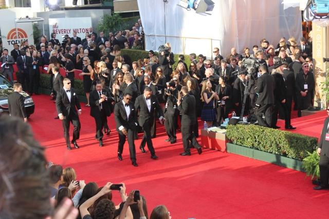 Sean Combs Golden Globes Walks to Fans
